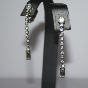 Vintage elegant silver and rhinestone earrings